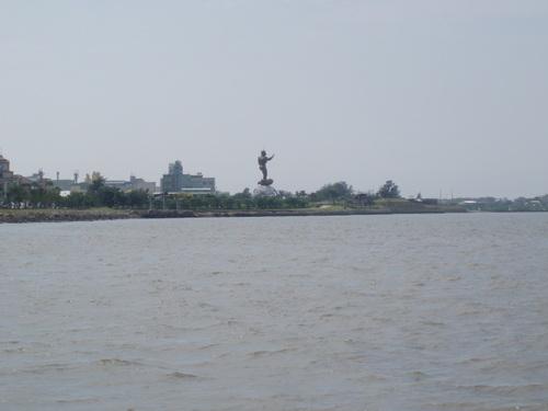 danshuei statue